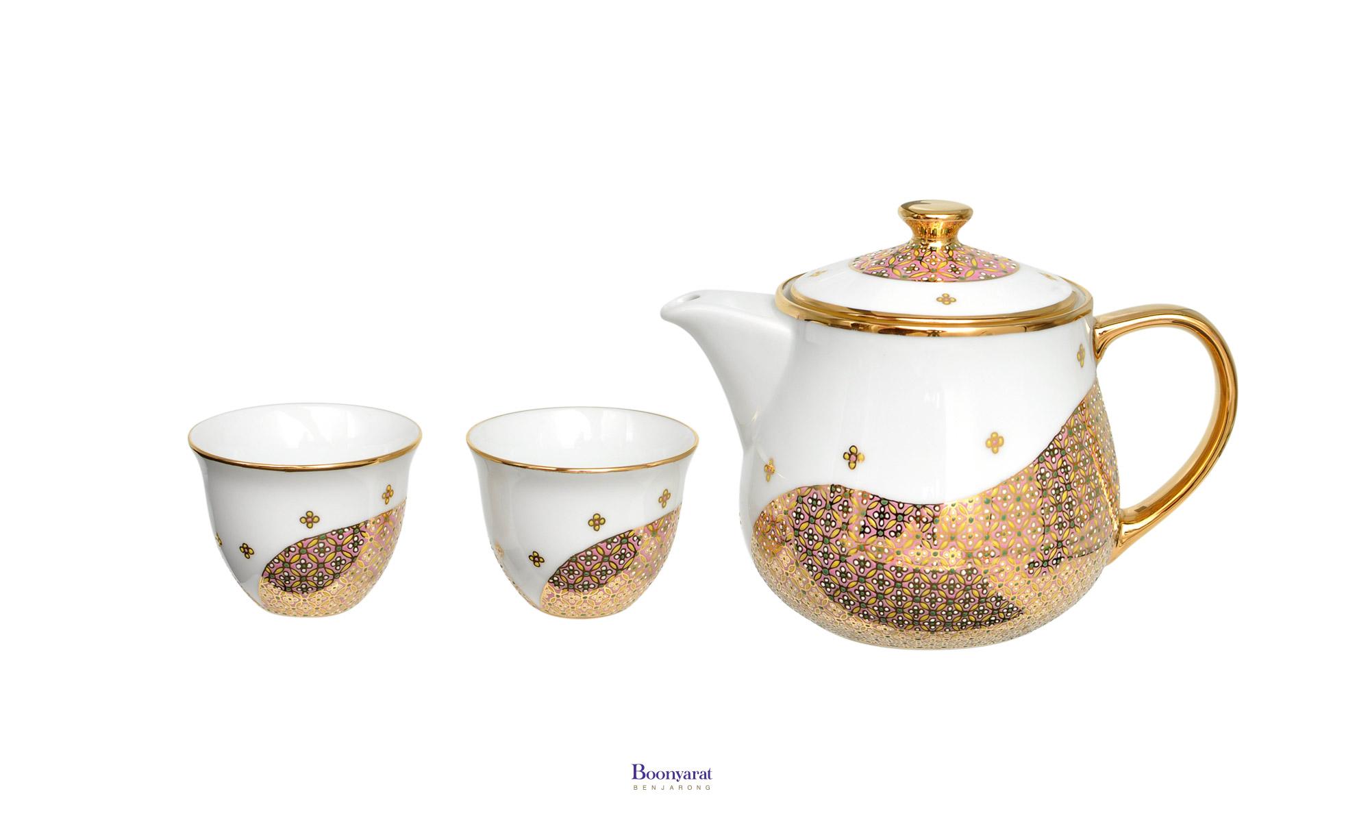 Benjarong tea pot souvenir